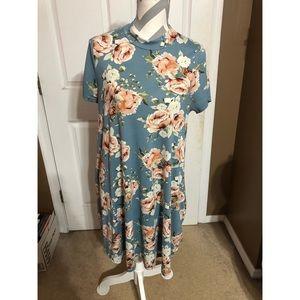 Infinity Raine   Blue Flower Dress - Sz Large